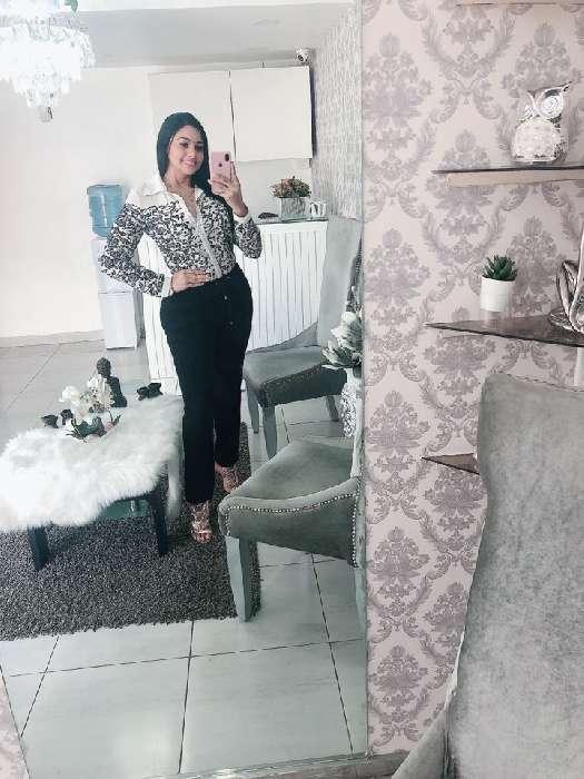 Sirhe, Mujer de Santo Domingo buscando una cita ciegas