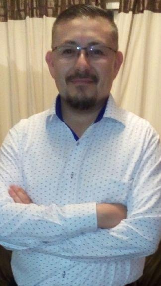 Adriàn, Hombre de Ciudad de México buscando una cita ciegas