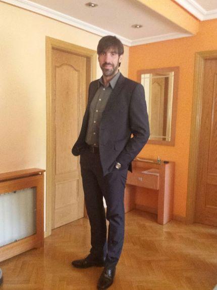 Sabelas, Hombre de Madrid buscando amigos
