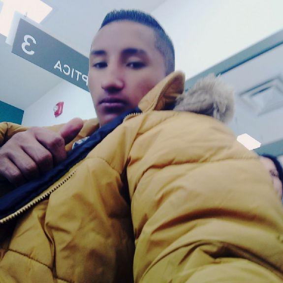 Cristian, Chico de Bogotá buscando una cita ciegas