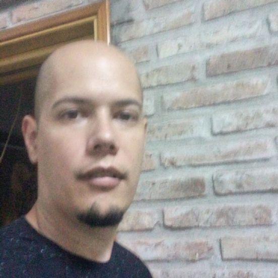 Mauricio, Hombre de San Lorenzo buscando una cita ciegas
