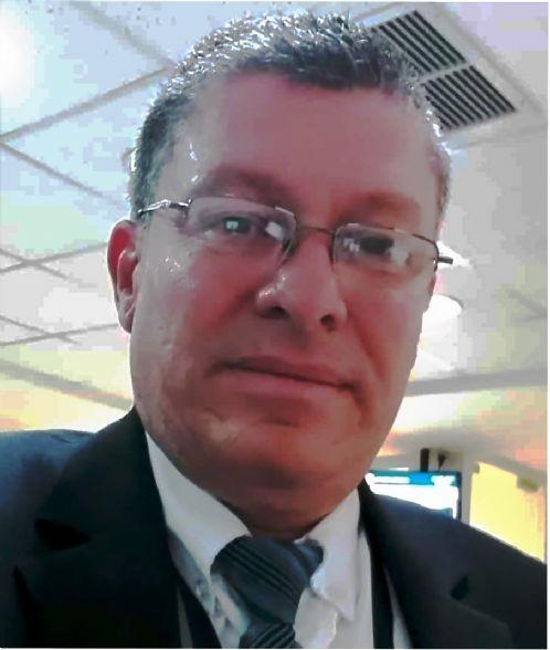 Juan carlos, Hombre de Alajuela buscando una cita ciegas