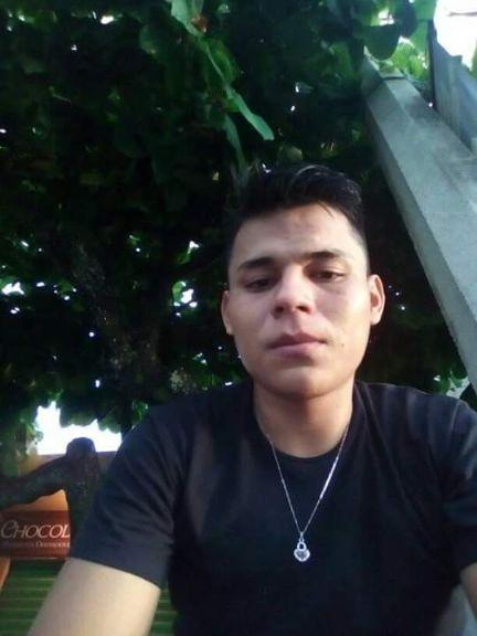 Jose enrique, Chico de Comalcalco buscando conocer gente