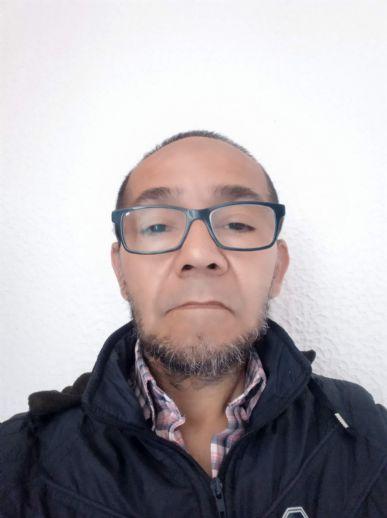 Helmer, Hombre de Bogotá buscando una cita ciegas