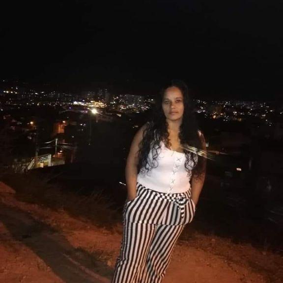 Luzdary, Mujer de Bogotá buscando conocer gente