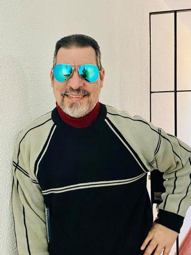 Carlos, Hombre de Buenos Aires buscando amigos