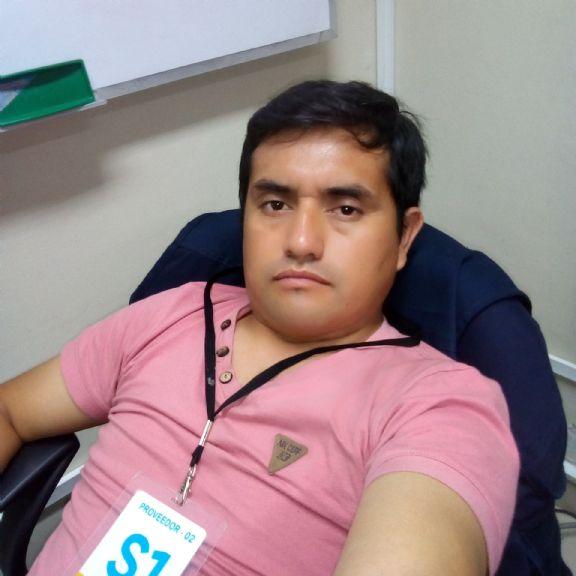 Julio, Hombre de Lima buscando pareja