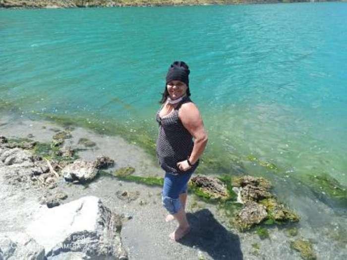 May86, Mujer de Quito buscando conocer gente