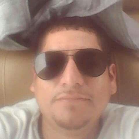 Gian luigi, Chico de San Juan de Lurigancho buscando amigos