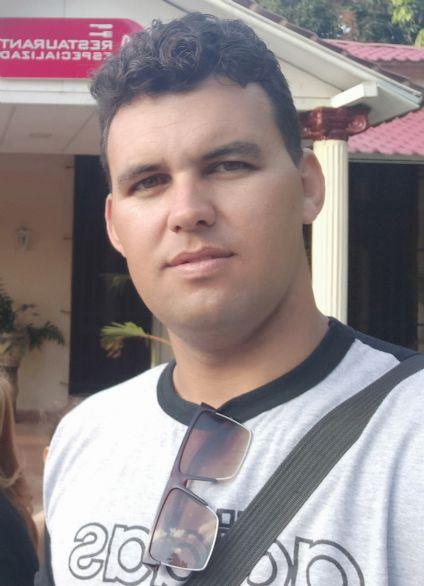 Oscar armada valle, Hombre de Santa Clara buscando pareja