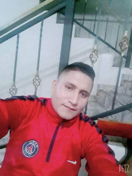 Santiago miguel, Chico de Quito buscando amigos
