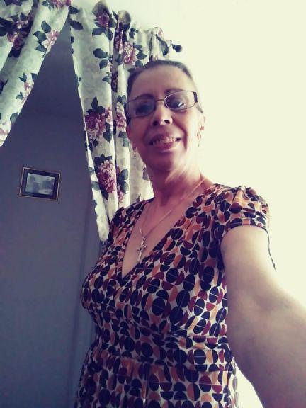 Linsey delacruz, Mujer de Orlando buscando amigos