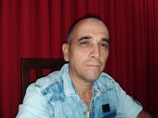 Adrián , Hombre de Las Tunas buscando pareja