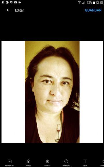 Lili aguilar, Mujer de Quito buscando amigos