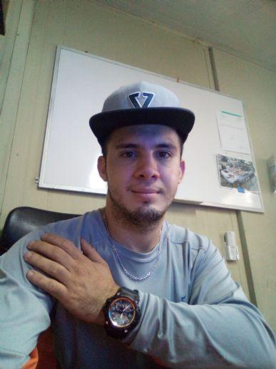 Jhon, Chico de San Isidro de El General buscando conocer gente
