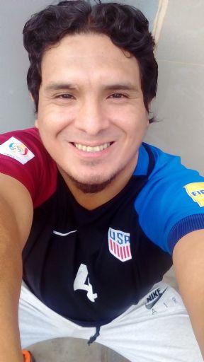 Liker liker, Hombre de Lima buscando amigos