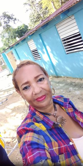 Lucia, Mujer de Santo Domingo buscando pareja