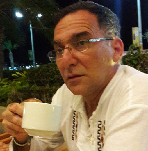 Vladi, Hombre de Quito buscando pareja