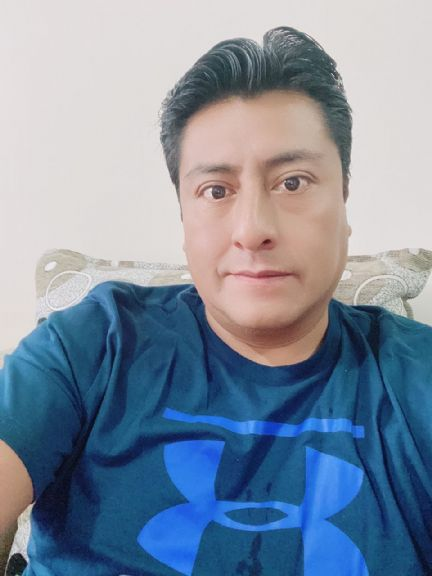 Mauricio, Hombre de Guayaquil buscando una cita ciegas