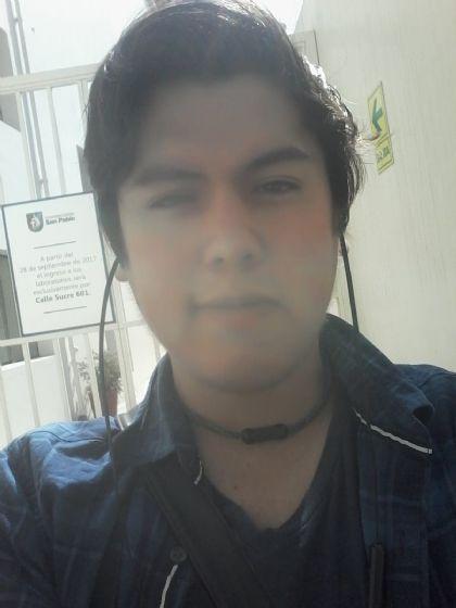 Adrian gabriel, Chico de José Luis Bustamante y Rivero buscando una cita ciegas