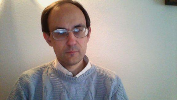 José antonio, Hombre de Madrid buscando amigos
