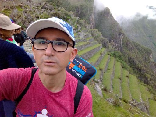 Renzo, Hombre de Lima buscando pareja