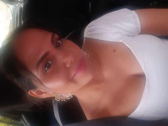 Monica ruiz, Mujer de Bucaramanga buscando amigos