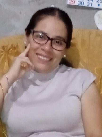 Elena, Mujer de Chiclayo buscando amigos