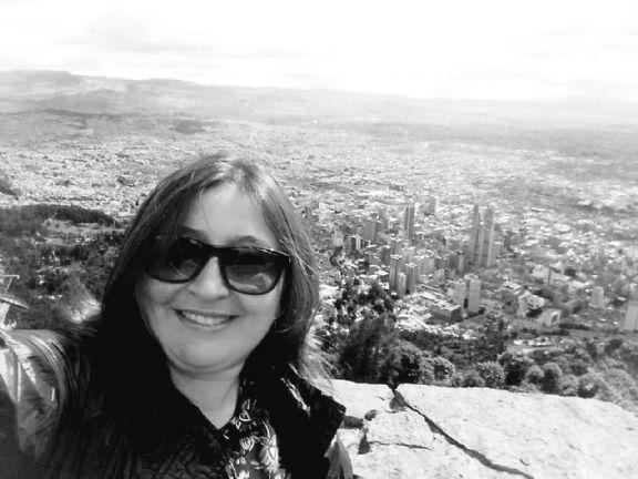 Cereza, Mujer de Bogotá buscando conocer gente
