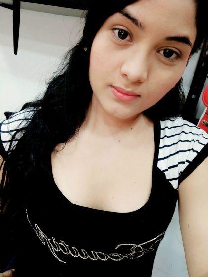 Febe, Chica de Colombia buscando una cita ciegas