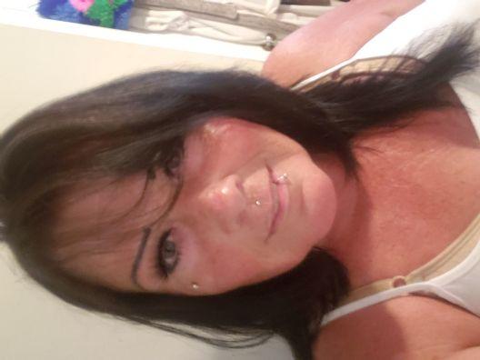 Debi, Mujer de Chula Vista buscando pareja