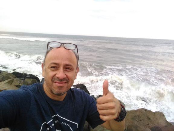 Giovanni, Hombre de Trujillo buscando amigos
