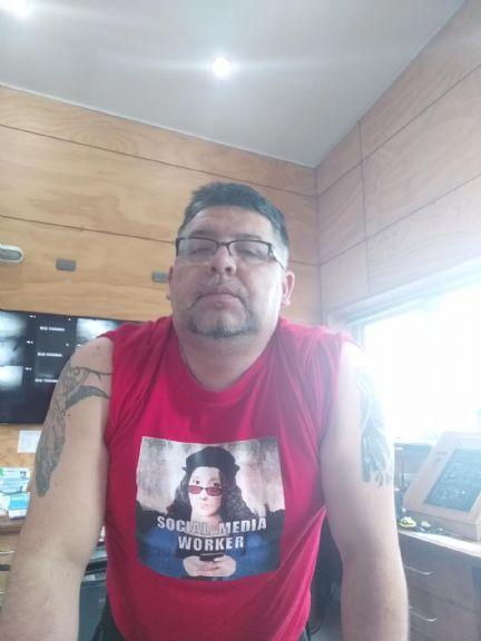 Leo, Hombre de Coyhaique buscando conocer gente