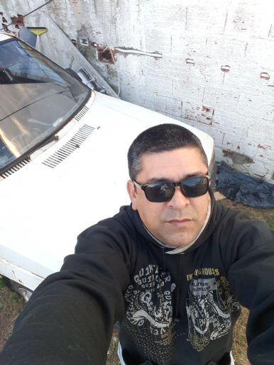 Fernando, Hombre de Santa Teresita buscando conocer gente