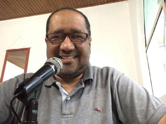 Ulianov, Hombre de Medellín buscando amigos