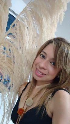 Jhoanna, Mujer de Nápoles buscando amigos