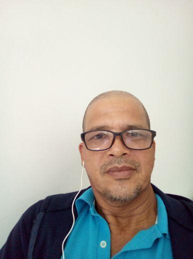 Alfredo, Hombre de Machala buscando una cita ciegas