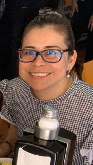 Clara martínez, Mujer de Santiago de Querétaro buscando una cita ciegas