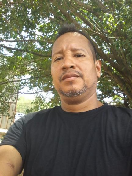 Alex paz, Hombre de Panamá buscando amigos