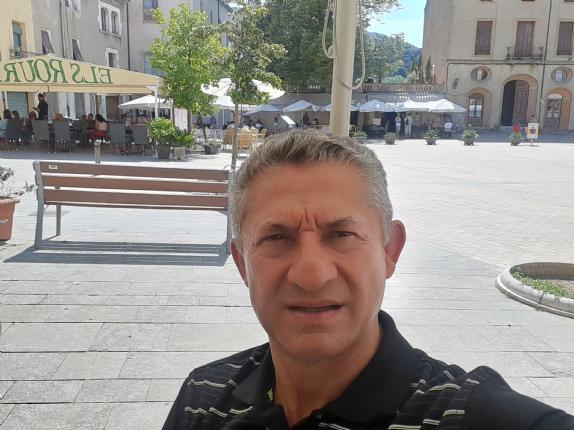 Jorge jimenez espnoz, Hombre de Colima buscando conocer gente