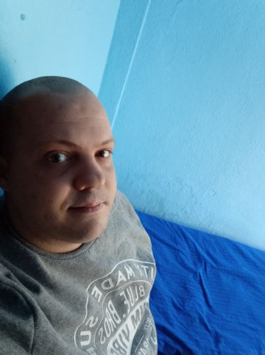 Roberto, Hombre de Torrejón de Ardoz buscando conocer gente