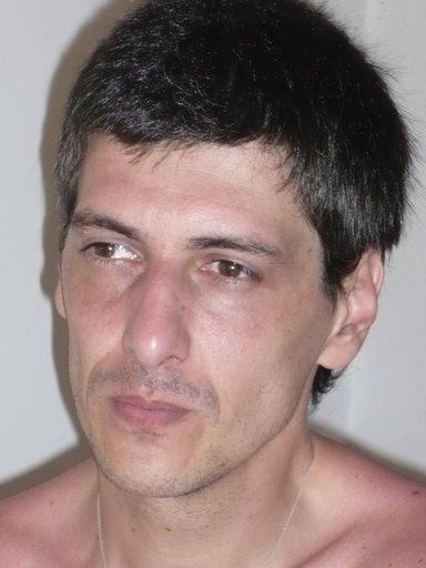 Aster, Hombre de San Isidro buscando pareja
