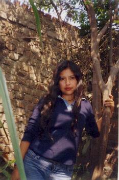 Azucena, Chica de Lima buscando pareja