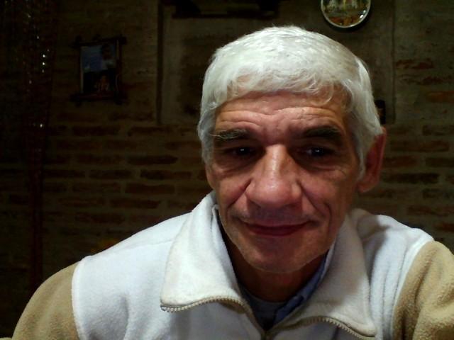 Cabezadeajo, Hombre de Ezeiza buscando conocer gente