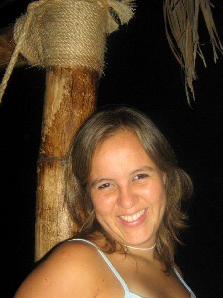 Caroaq, Chica de Lima buscando pareja