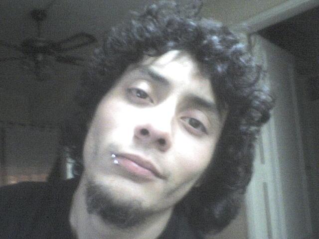 Chik0, Chico de Avellaneda buscando pareja