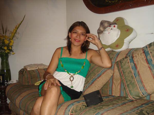 Claudette412, Mujer de Santiago de Surco buscando una relación seria