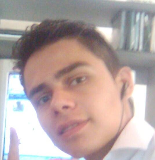 Cristia3, Chico de Puerto Rico buscando pareja