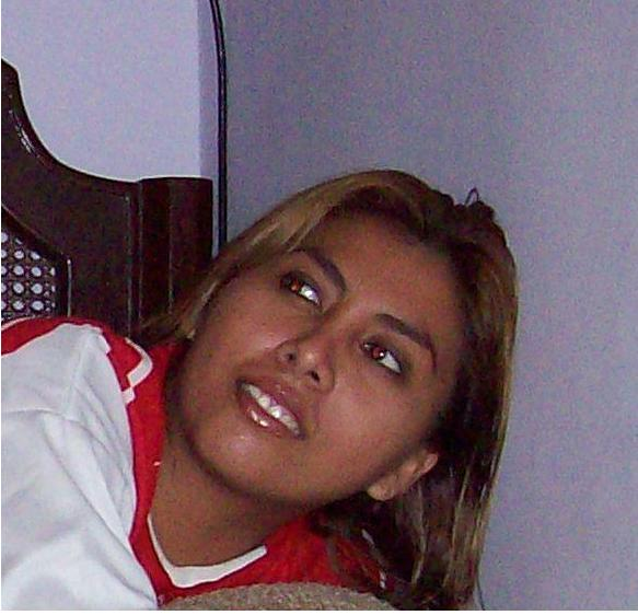 Cystite, Chica de Guayaquil buscando pareja