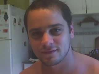 Damian26, Chico de Quilmes buscando pareja